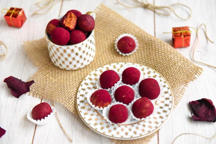 Протеинови бонбони с годжи бери, червена боровинка и червено цвекло